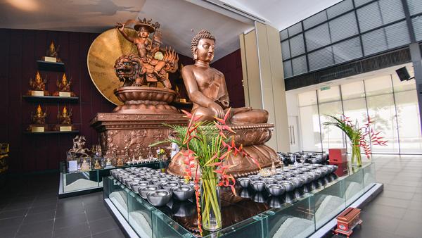 克切拉禅修林举办的盂兰盆节法会,乃根据佛陀在《佛说盂兰盆经》中的教诲。